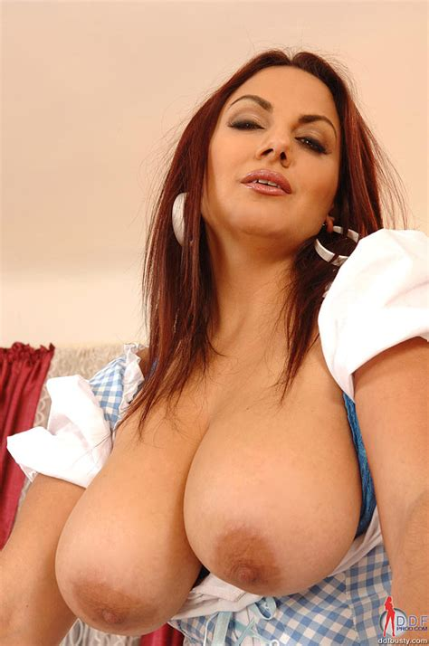 Big tits pictures and big tits porn big tits movies and jpg 531x800