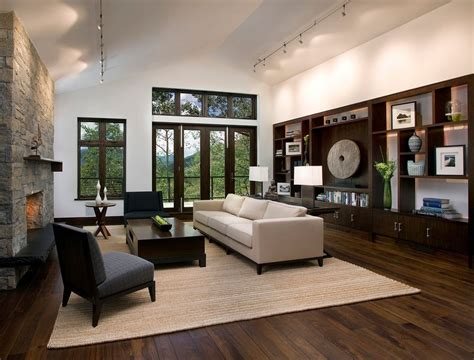 How to paint a heavily trafficked wood floor home guides jpg 1011x768
