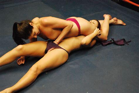 nude women catfights jpg 1200x803
